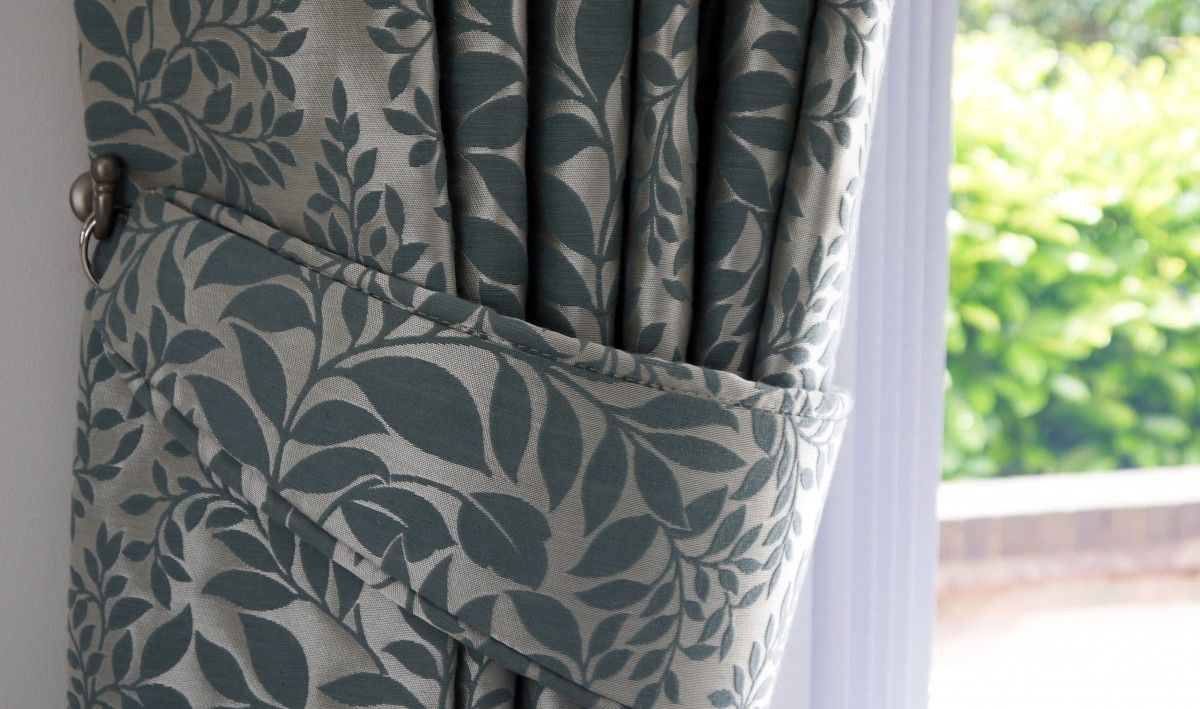 Fabric curtain tie backs - Dress Your Curtains With A Pair Of Tiebacks We Can Make You Tiebacks Which Coordinate With Your Curtain Fabric Or You Can Choose From A Variety Of Tassel