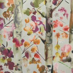 Jumanah Wallpaper in 'Grenadine'
